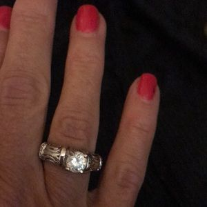Jewelry - Faux diamond ring size 5